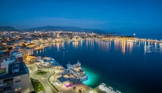 split-panorama-noc-luka