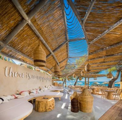restaurant-bar-interior-exterior-design-photographer-13