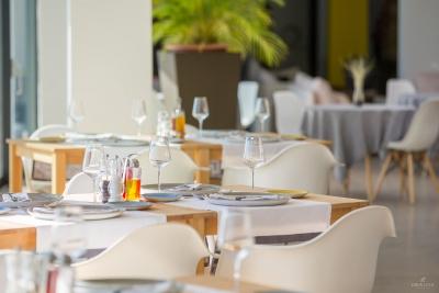 restaurant-bar-interior-exterior-design-photographer-22