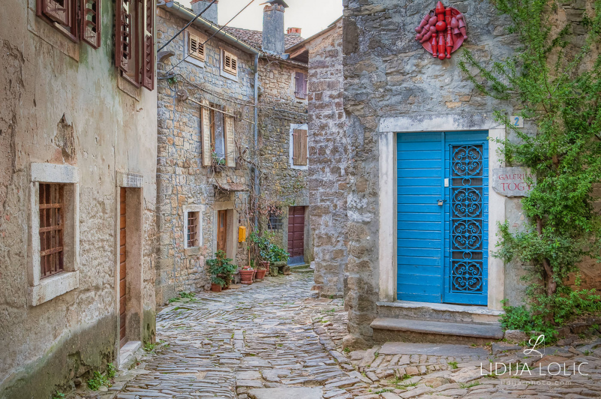 Old Groznjan streets