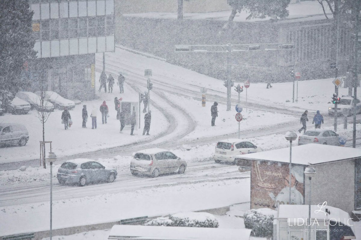 snijeg-u-splitu-2