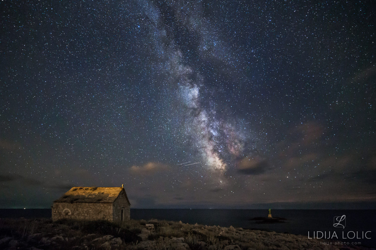 punta-planka-astrofotografija-mlijecna-staza-kapelica-sv-ivana